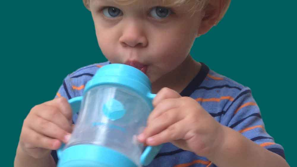 toddler drink from glass sippy cup